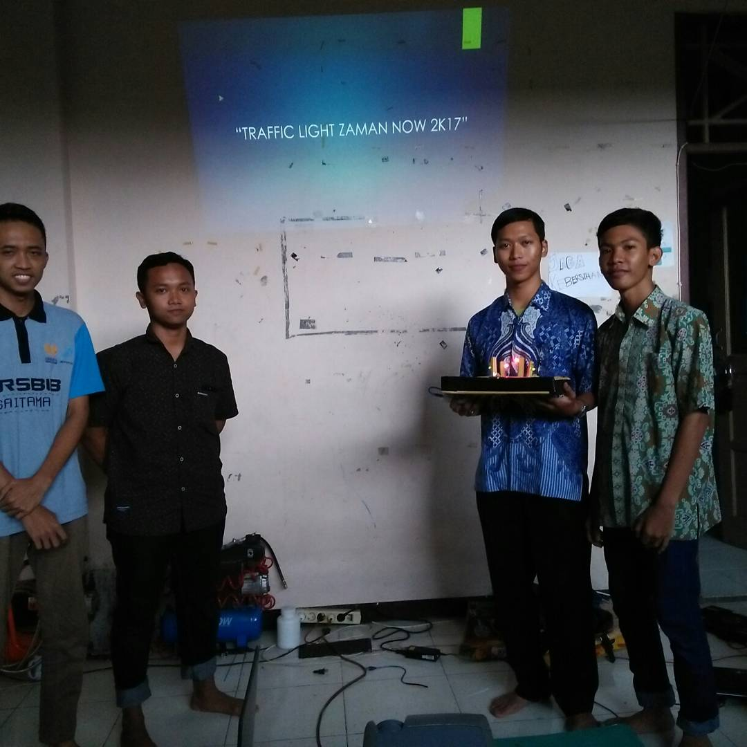 Presentasi Tugas Akhir Robotic School